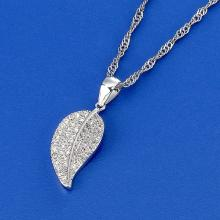 Shining Leaf Necklace
