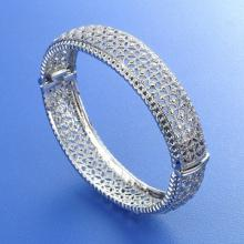 Shinning Stone Look Bangle